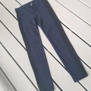 Sz 6 H&M navy pants w blk stripe